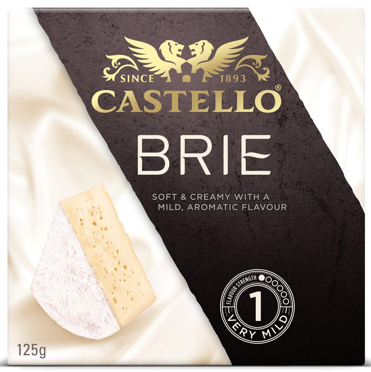 Сыр с белой плесенью Brie Castello фото